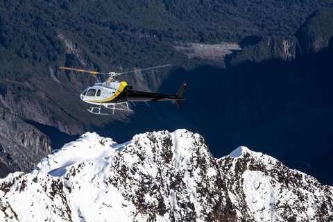 Haast: Milford Sound Scenic Helicopter Flight
