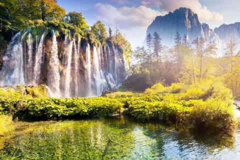 Zagreb: Plitvice Lakes National Park Tour