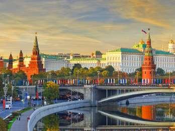 St. Petersburg: Private visumfreie Landexkursion nach Moskau