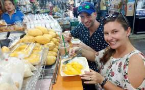 Chiang Mai: City Sightseeing and Local Food Tour