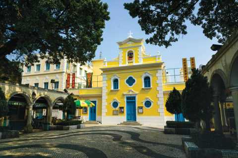 Macau Peninsula, Taipa, and Coloane Full-Day Walking Tour