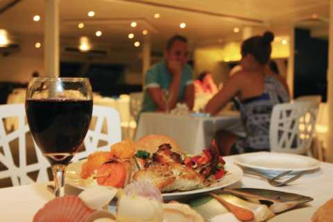 Nadi: Sunset Dinner Cruise with Lobster