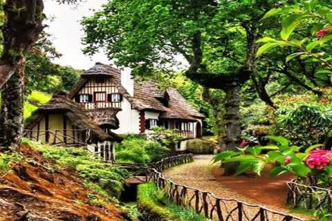 Madeira: Santana Traditional Houses Private Half-Day Tour