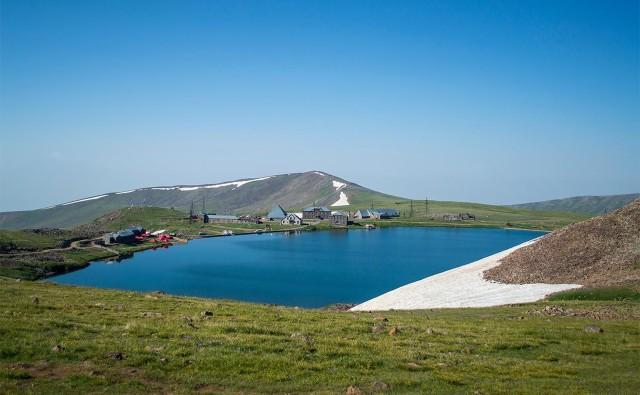 Eendaagse wandeltocht naar de noordelijke top van Aragats