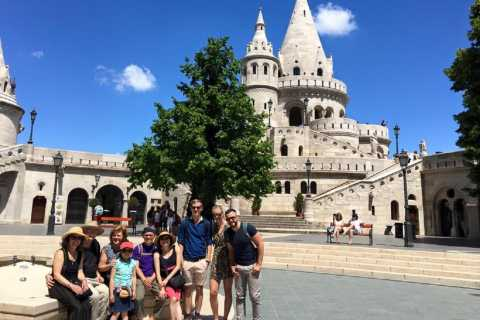 Budapest: Guided Bus Tour and Castle District Walk