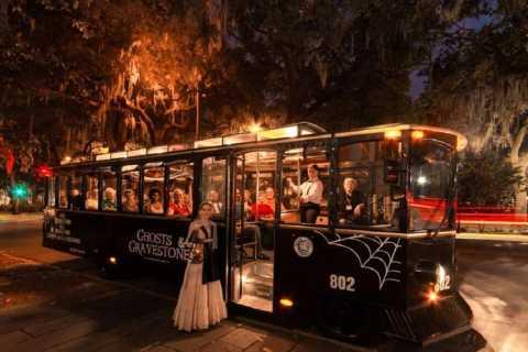 Savannah: Ghosts & Gravestones Trolley Tour