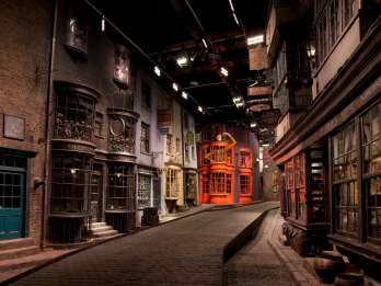 London: Warner Bros. Studio Tour & Sightseeing-Führung