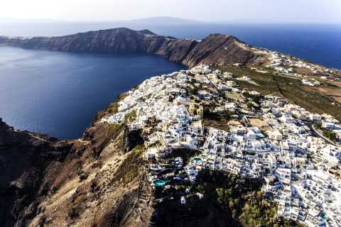 Santorini: Caldera Trail Guided Hike and Sunset Viewing