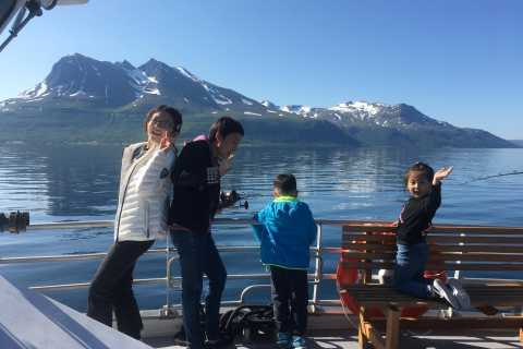 Tromsø: 5-Hour All-Inclusive Wildlife & Bird Fjord Cruise