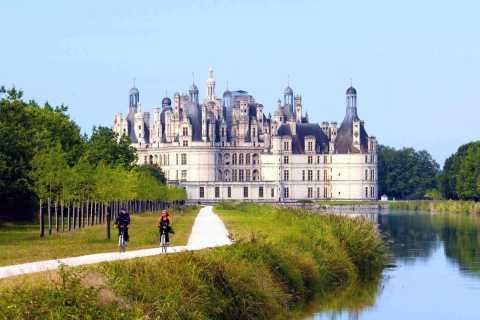 Paris: Loire Valley Chambord Castle, Wine Tasting & Lunch