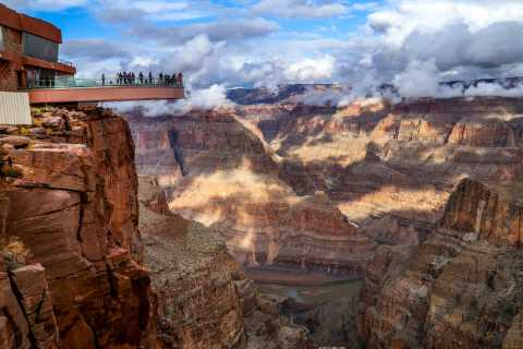 Las Vegas: Grand Canyon West Bus Tour with Optional Skywalk