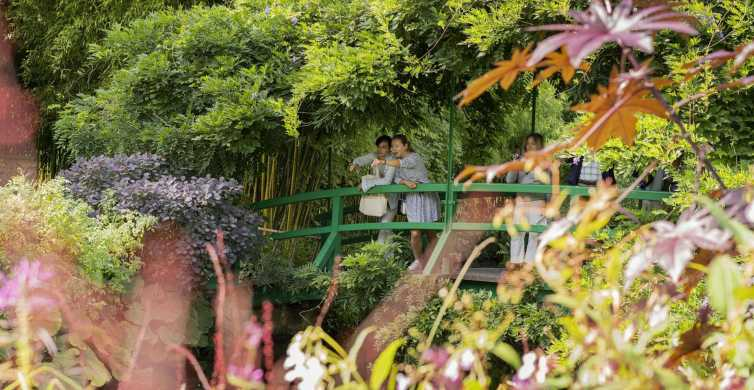 Giverny and Auvers-sur-Oise Full-Day Tour from Paris