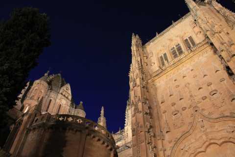 Salamanca Legends: Tales, and City Lights Evening Tour