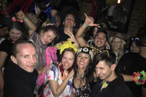 Tel Aviv: Pub Crawl with 4 Stops and Free Shots