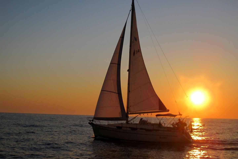 Bari: Halbtägige Segelkreuzfahrt entlang der apulischen Küste
