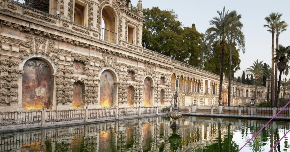 Seville: Alcazar Skip-the-Line Guided Tour with Tickets