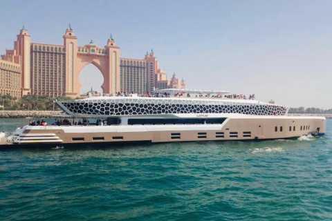 Dubái: tour de 2 horas en yate de lujo con cena tipo bufé