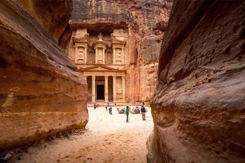 Fra Sharm El Sheikh: Day Tour til Petra med ferge