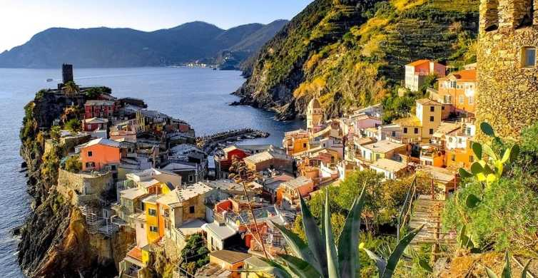 From Florence: Cinque Terre Day Trip with Optional Hiking
