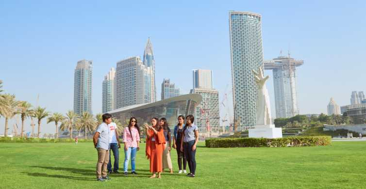 Dubai: Burj Khalifa, Dubai Mall and Dubai Opera Walking Tour