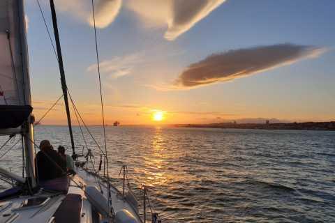 Lisbon: 2-Hour Sunset Shared Boat Tour