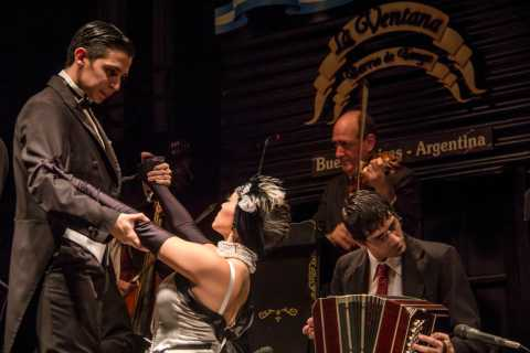 Buenos Aires: Tango and Folklore Show with Dinner