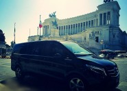 Rom: 6-stündiger privater Luxusfahrzeugtransport mit Fahrer