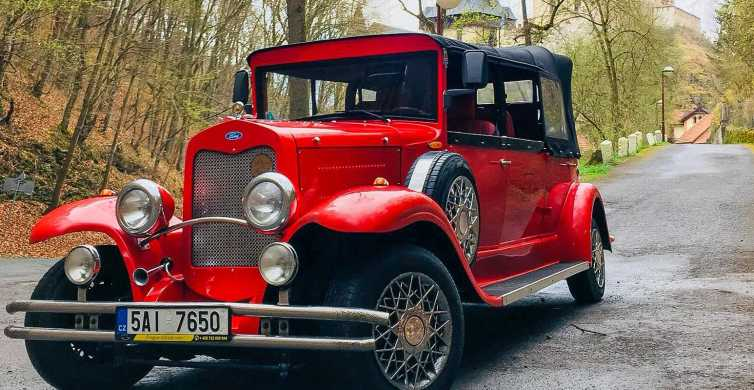Prague: Fairytale Karlstejn Castle in Retro-Style Car