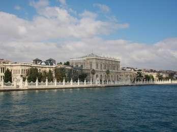 Istanbul: Tagestour mit Dolmabahçe & Bosporus Bootstour
