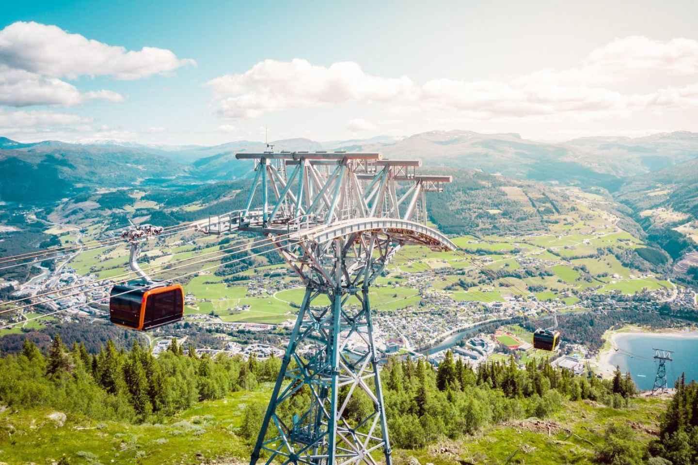 Ab Bergen: Voss-Seilbahn und Wanderung am Hanguren mit Essen