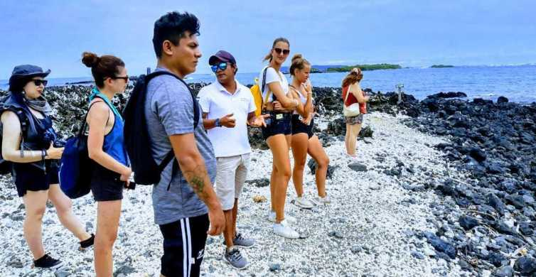 6-Day Galápagos Adventure Tour on 4 Islands