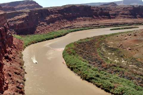 Moab: Calm Water Cruise in Inflatable Boat on Colorado River