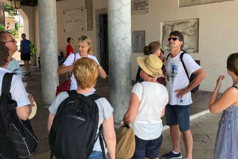 Discover Verona: City HIghlights Guided Walking Tour