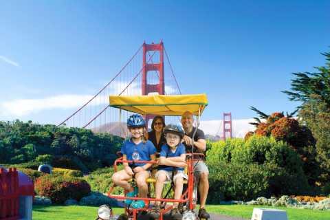 San Francisco: Marina Waterfront Surrey Bike Rental