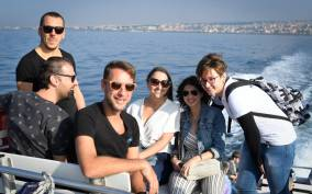 Capri: Sea and City Sightseeing Boat Tour from Naples