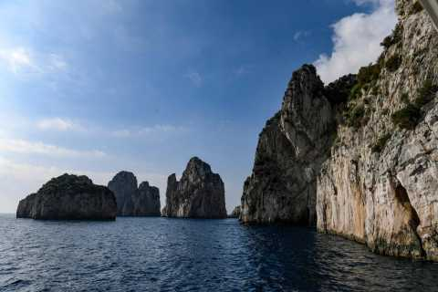 Capri: Boat Trip Around the Island and Blue Grotto Visit