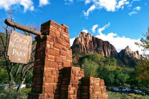 Las Vegas: 2-Day Zion National Park Tour Transfer & Lodging