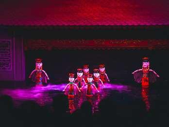 Thang Long Wasserpuppen-Theater Skip-the-Line Ticket