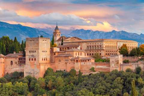 Granada: 3-Hour Alhambra, Nasrid Palace, and Generalife Tour