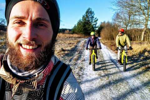 Visaginas: Fatbiking Tour with Hot Sauna and Campfire Lunch