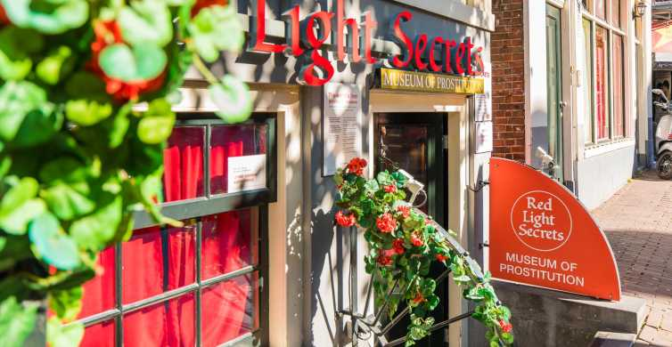 Amsterdam: Red Light Secrets with Clubs and Nightlife Ticket