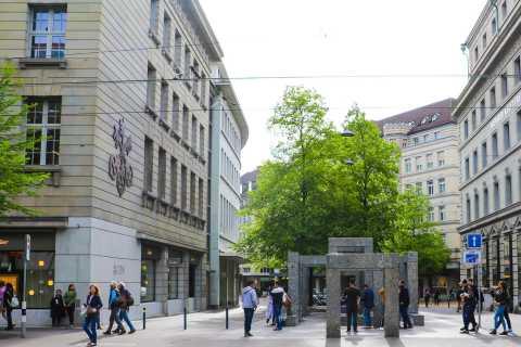 Zurich: Exclusive 90-Minute Swiss Banking Tour