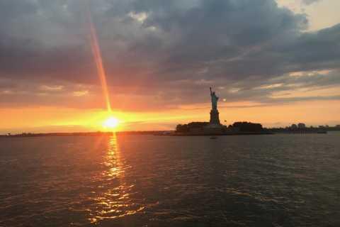 NYC: 60-Min Statue of Liberty & Ellis Island Sunset Cruise