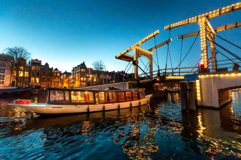 Amsterdam: Guided Luxury Evening Canal Cruise