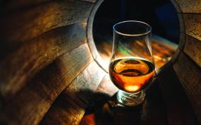 From Glasgow: Loch Lomond and Whisky Full-Day Tour
