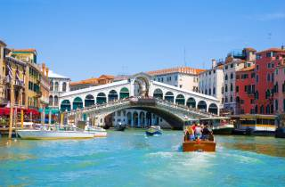 Venedig: Hidden City & Secret Gardens Tour mit Grachtenrundfahrt
