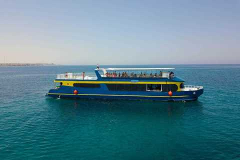Hurghada: Catamaran Cruise with Activities and BBQ Lunch