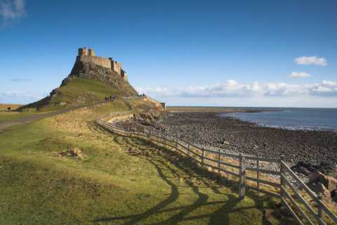 Alnwick Castle & Holy Island Tour from Edinburgh