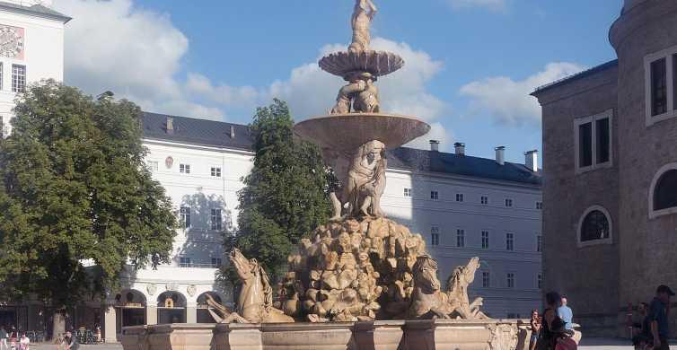 Salisburgo: trasferimento privato di sola andata per Cesky Krumlov