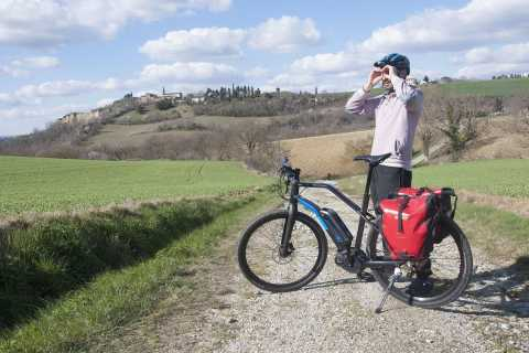 From Toulouse: Guided Countryside E-Bike Tour